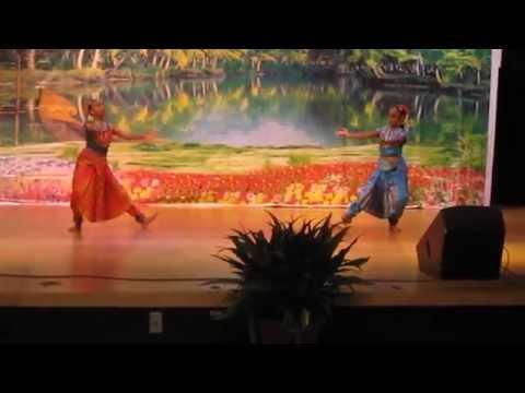 Krishnan Sisters: Aditi & Anika perform at NavaKerala Arts Club, for Onam/India Independence Day