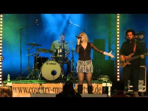 Laura van den Elzen ( NL) & Jambalaya Band (DK) great performance in BERLIN - Country Music Meeting