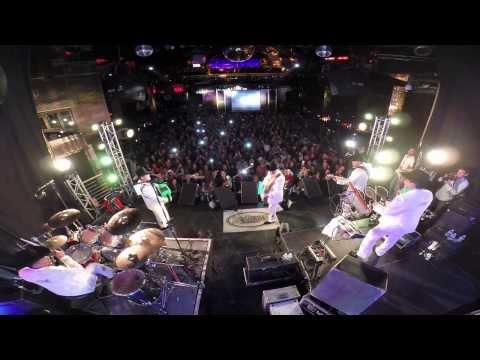 El Papa de Los Pollitos - Los Tucanes de Tijuana - En Vivo desde El Casino Morongo, CA. 11/13/13