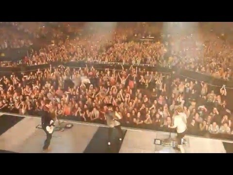 Busted - Year 3000 (Live at Newcastle Metro Radio Arena from the Pigsty)