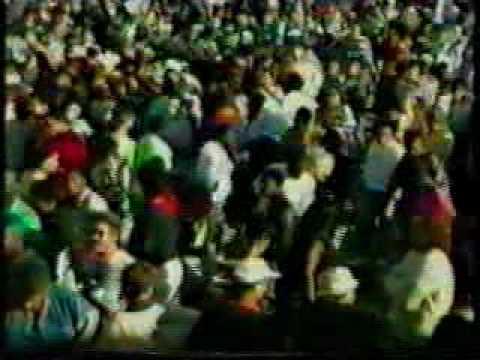 Sunrise story longwick partk 1989 acid house footage pt 04 for Acid house 1989