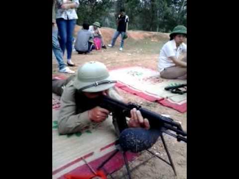 tập bắn súng AK.mp4
