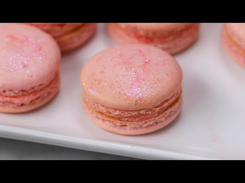 Rosé Macarons For Your Next Girl's Night •Tasty