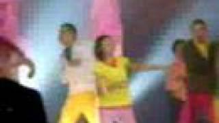 yo dancing