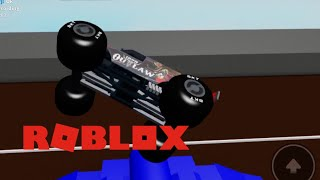 ROBLOX Monster Jam Iron Outlaw (me) vs Madusa (monsterjambrodozer)