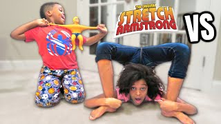 STRETCH ARMSTRONG vs SHASHA + TASTING NINTENDO SWITCH CARTRIDGES