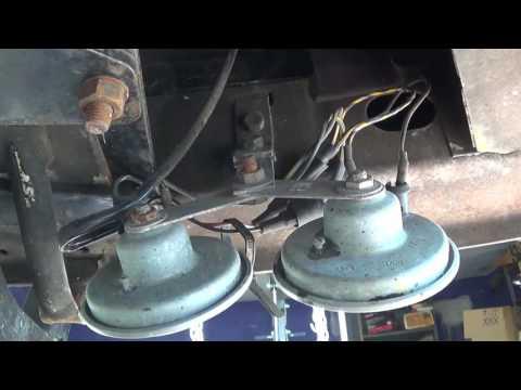 1991 Volkswagen Vanagon: DIY - adding a horn relay