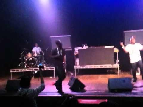 """Chiddy Bang & Big Sean Performing """"Too Fake"""""""