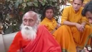 104 year old Baba Yogananda of Rishikesh   Funny & Honest