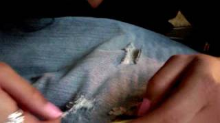 How to Destroy and Distress your Denim Jeans *EASY* DIY