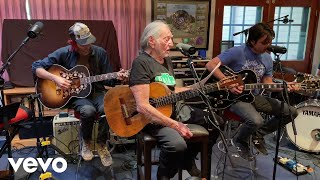 Willie Nelson - Cottage For Sale (Live) ft. Lukas Nelson, Promise of the Real