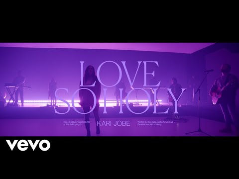 Kari Jobe - Love So Holy (Live At The Belonging Co, Nashville, TN/2020)