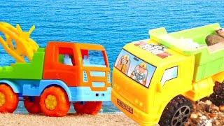 Sommerspaß ohne Ende 🚚 🚗 #Spiezeugautos spielen am Strand 🐚 🌊 Video für Kleinkinder 👶