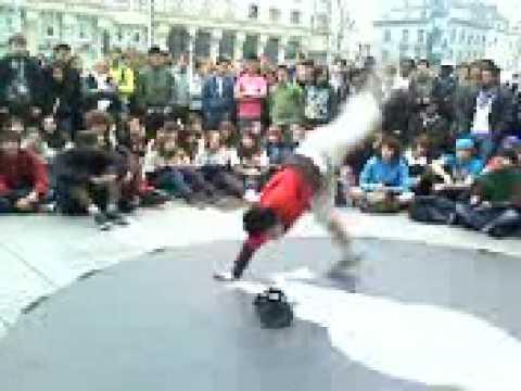 Red bull take one 2009 : Bboy G.Zak (Crazy Rwina Crew)