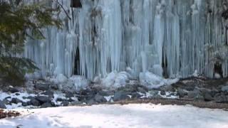 木曽路のパンフレットには 「寒中になると姿を現す透明感あふれる自然の...