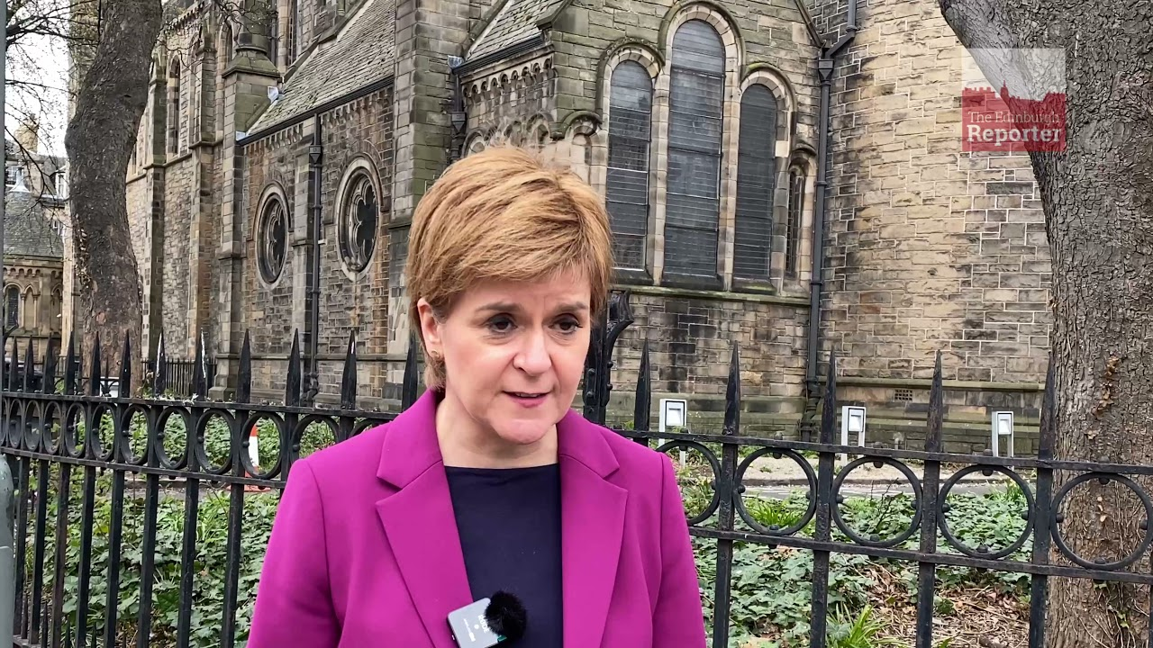 """Nicola Sturgeon says she is the only candidate offering """"serious ..."""