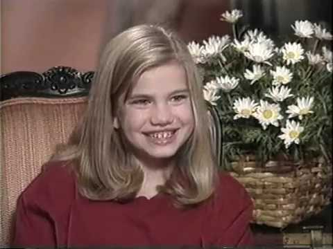 Anna Chlumsky 1991   MY GIRL set