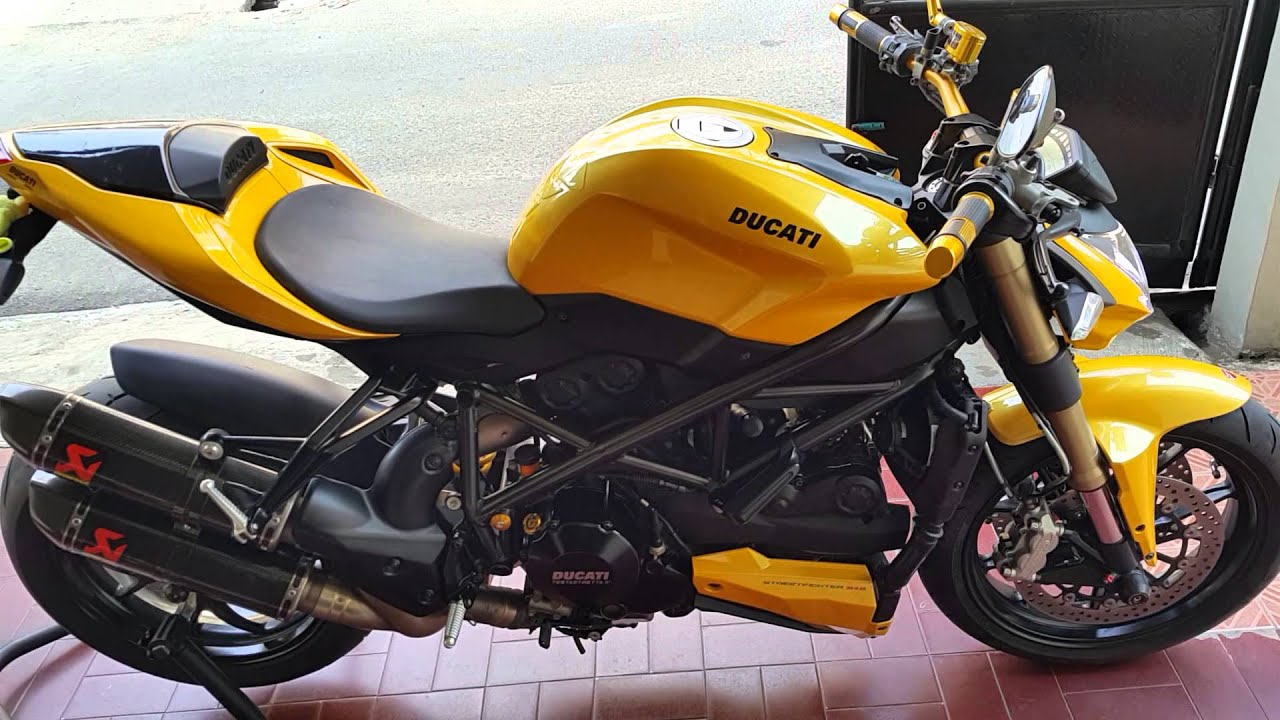 ducati 848 sf 2012 with akrapovic carbon exhaust youtube. Black Bedroom Furniture Sets. Home Design Ideas