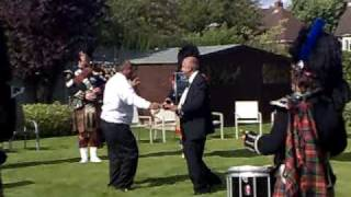 Indians Dancing to Scottish Music (Funny,hilarious,crazy,stupid)