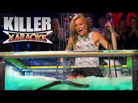 """Killer Karaoke - Livredd blondine synger """"Bombo"""" i vanntank med åler"""