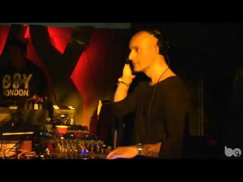 Victor Calderone 14 Jan 2016 BPM Drumcode, Blue Parrot