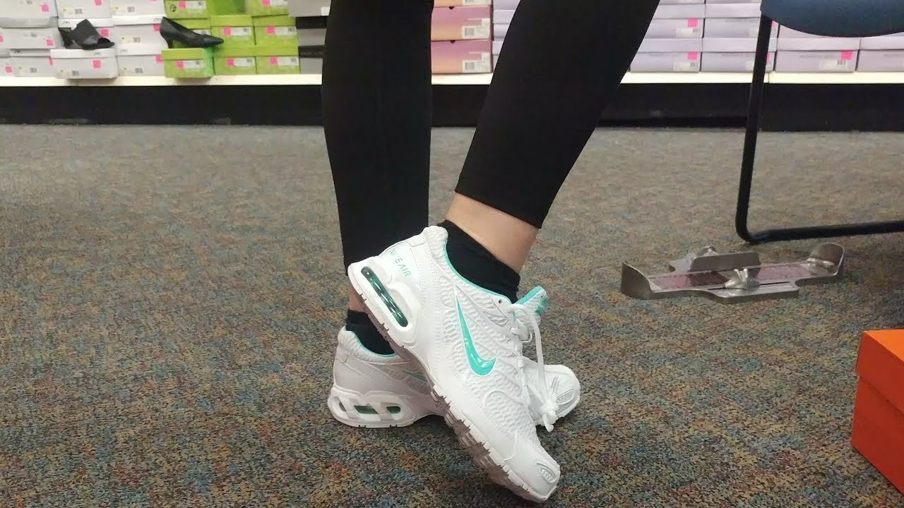 Shoe shopping with Nikki, Shoe Show, Nike, Asics and Skecher sneakers