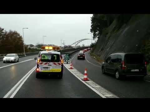 Retenciones en la N VI a la altura del puente blanco a causa de un accidente