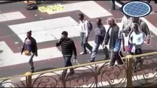 Stealing mobile phones Brazilian Style