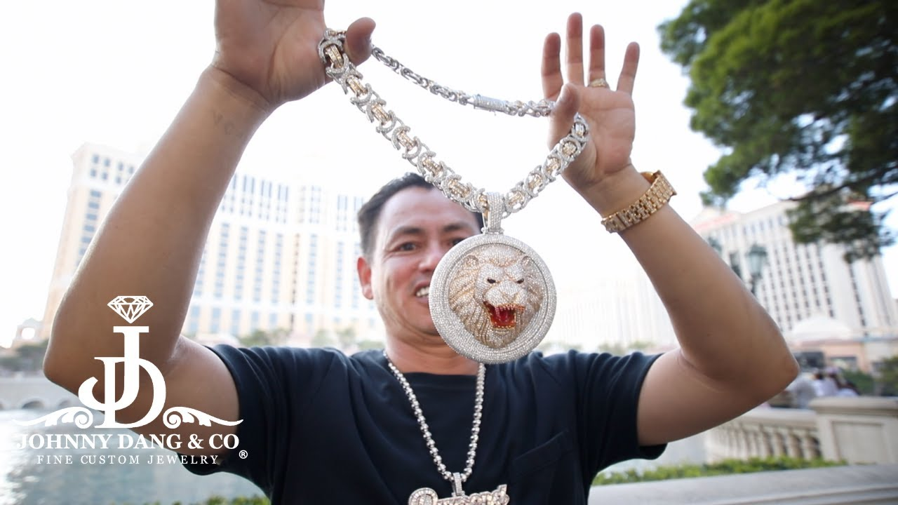 Flooded Lion Pendant and Chain 150 Carats for Lil Jon!! - YouTube