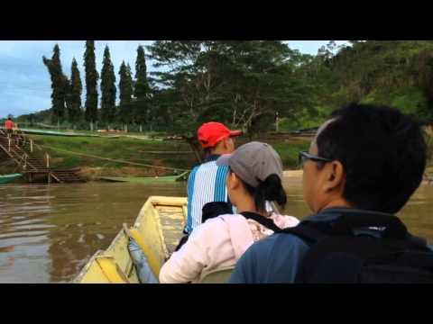 A Longboat Arriving At SMK Katibas