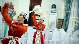 Казахский танец. Фариза шоу. Танцы в Алматы 87027602221