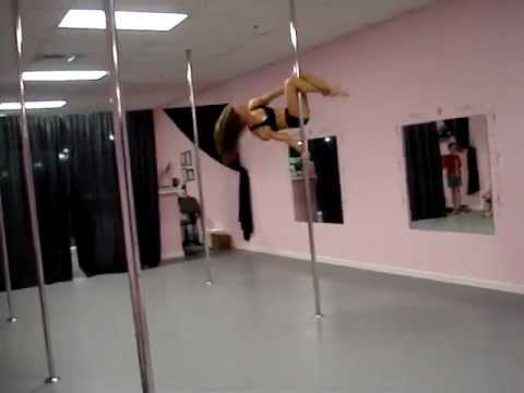 Jenyne Butterfly  EvettesDanceFitness  Song Paradise Circus : Massive attack