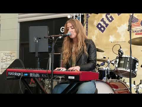 Ingrid Andress - More Hearts Than Mine (Live In London)