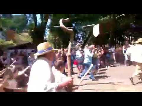 Brollón se entrega a la Festa dos Guímaros
