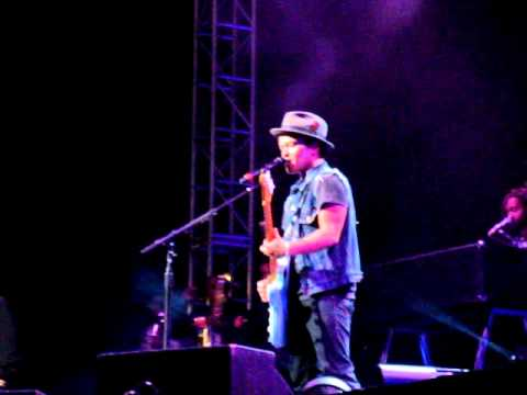 Nothin' On You - Bruno Mars Concert San Diego 6/11/11