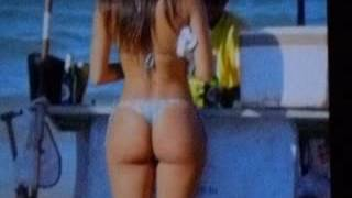 the perfect ass dancing here super sexy body for sure