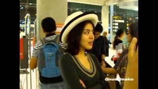 หนูนา บินกลับเมืองไทย หลังไปเที่ยวอิตาลี @สุวรรณภูมิ 16.04.2013 (1-2)