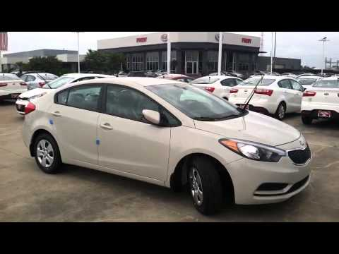 New 2017 Kia Forte Beautiful Cream Color