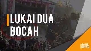 Video Bikin Panik, Harimau Sirkus di China Lepas Saat Pertunjukan download MP3, 3GP, MP4, WEBM, AVI, FLV Juli 2018