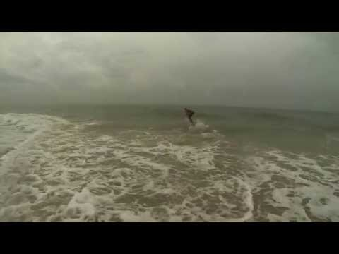 El Porto jetty surfing, January 25, 2014 from YouTube · Duration:  5 minutes