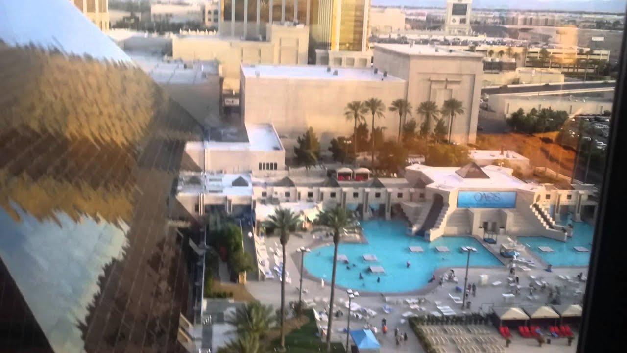 Luxor Tower Luxury Premier Suite Pool view - YouTube