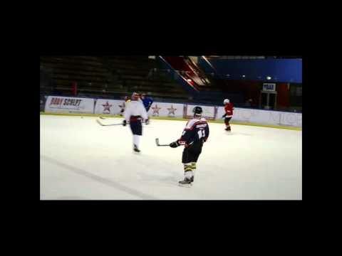 Hockey Training (2011-05)