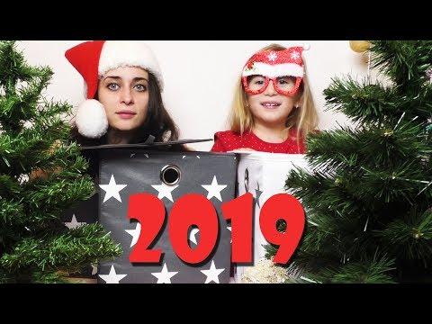 CIJA JELKA JE RUZNIJA?! Novogodisnji CHALLENGE / Christmas Tree Decoration Celendz / Video za decu
