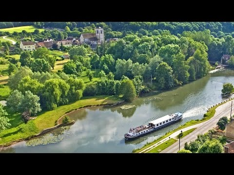 Luxury  Hotel Barge Cruises on the Beautiful Canals and Wate
