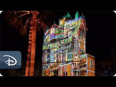 New Inside Disney Parks Show Features Magic of the Holidays at Disney Parks