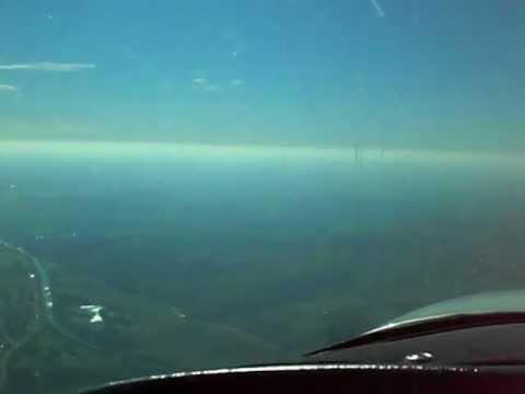 Alleinflug in Grumman American AA-5 8