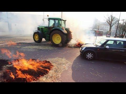 CARNAGE DANS LA VILLE MANIFESTATION DES AGRICULTEURS A DIJON