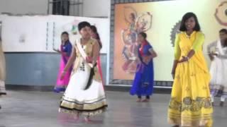 Prem Ratan Dhan Payao Group Dance for JNV Godda
