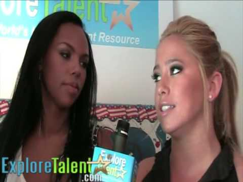 Cheetah Girls Kiely Williams Sabrina Bryan MTV Movie Awards 2009