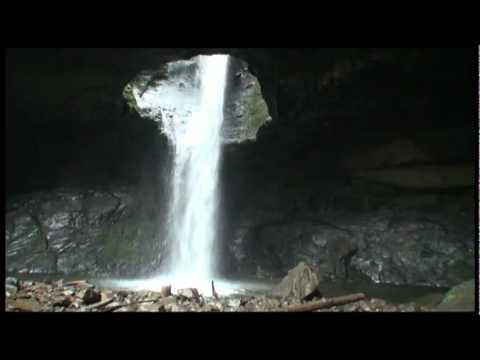 cueva del esplendor caida de agua jardin antioquia